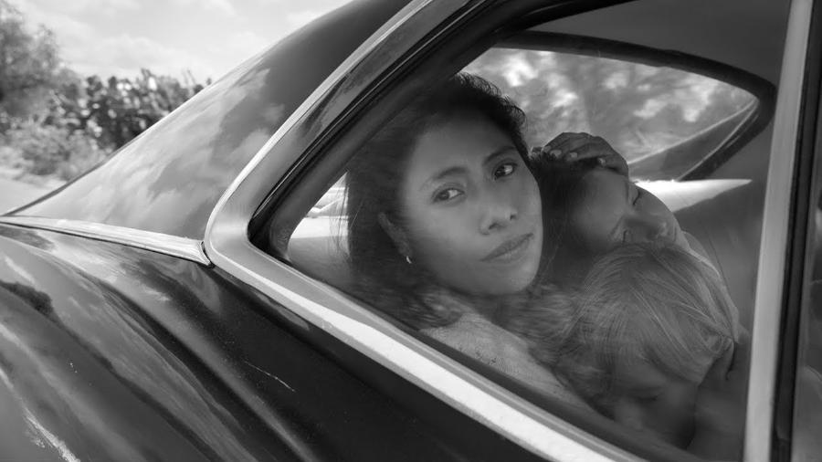"""Cena de """"Roma"""", que retrata rotina de uma família de classe média no México - Reprodução"""