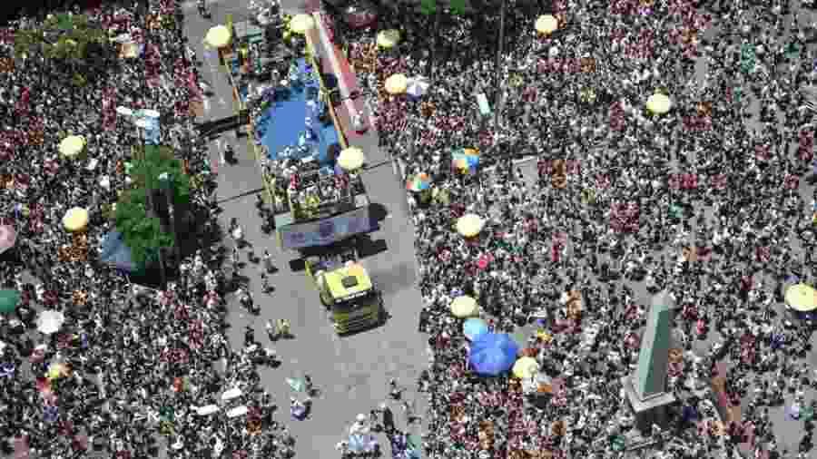 Foliões lotam centro de BH durante o Carnaval de 2018 - Alexandre Guzanshe/Belotur/Divulgação