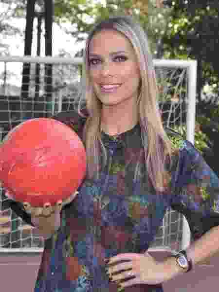 Lígia Mendes vai narrar o campeonato feminino da Rede TV! - Rede TV!