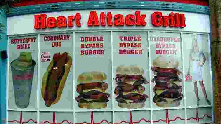 O Heart Attack Grill tem receitas extremamente calóricas no seu cardápio - Divulgação/Heart Attack Grill  - Divulgação/Heart Attack Grill