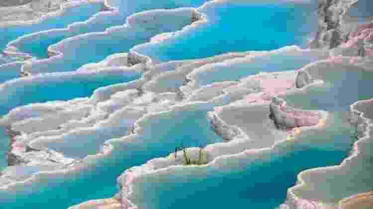 Pamukkale com suas piscinas termais é um dos cartões-postais da Turquia - FENG WEI PHOTOGRAPHY/GETTY IMAGES - FENG WEI PHOTOGRAPHY/GETTY IMAGES
