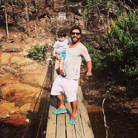 Sandro Pedroso com o filho, Noah - Reprodução/Instagram