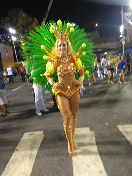 Jéssica Rodrigues, noiva do cantor Latino, vai desfilar pela Grande Rio - Liane Rosa/UOL