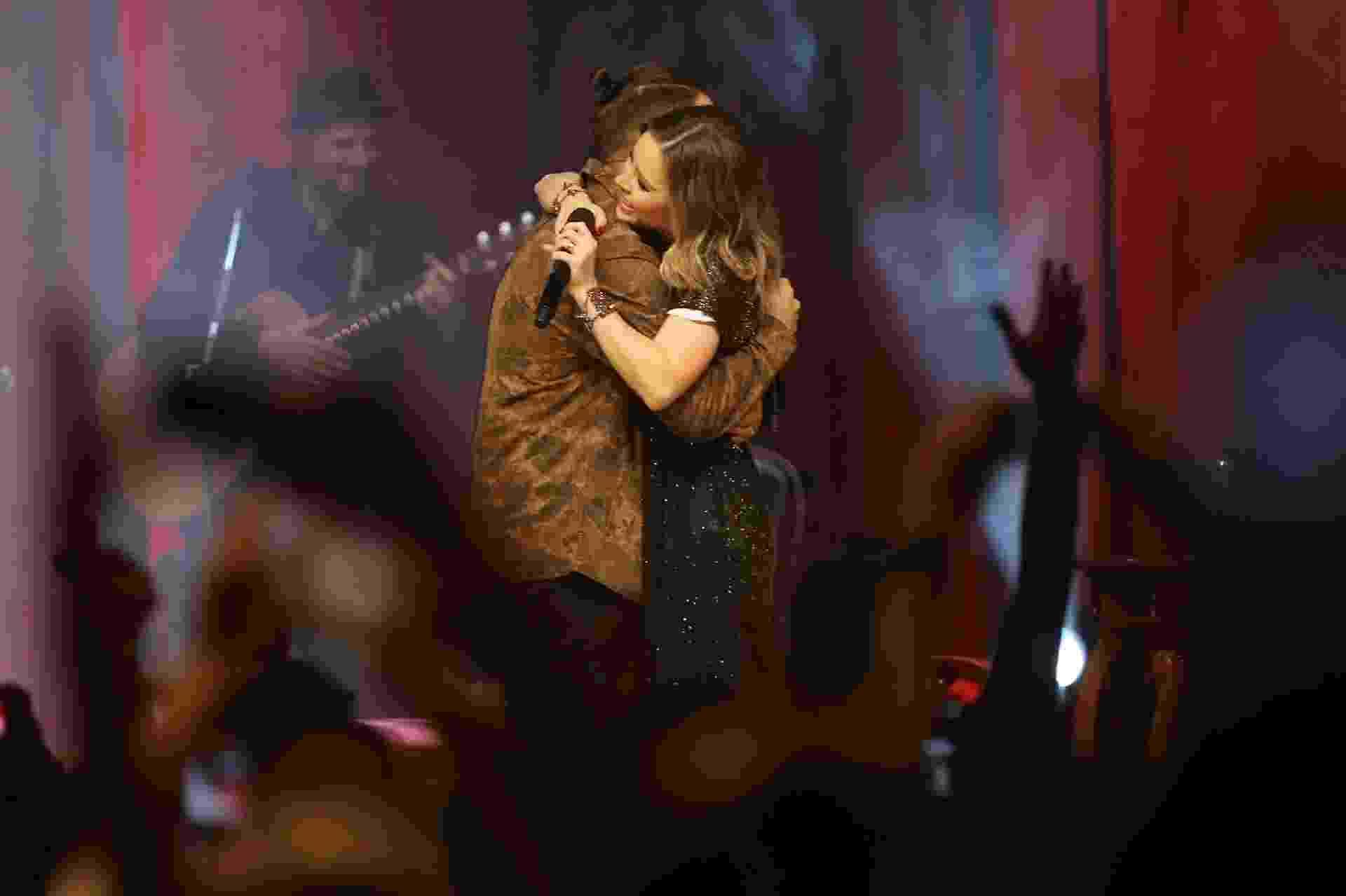"""Sandy volta a cantar com o irmão, Junior, 11 anos após o fim da dupla, na abertura da nova turnê da cantora, """"Nos Voz Eles"""", no Credicard Hall, em São Paulo - Manuela Scarpa/Brazil News"""