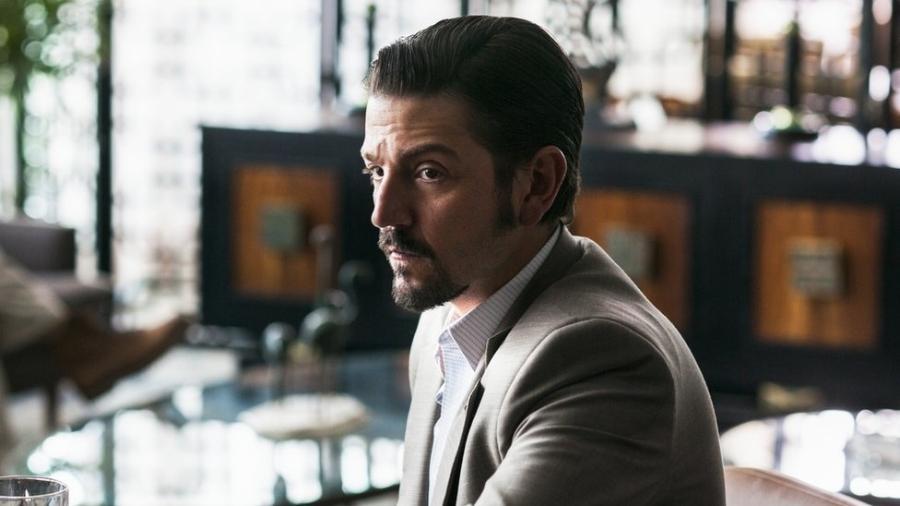 "Diego Luna interpreta Miguel Ángel Félix Gallardo, o ""chefe dos chefes"" do narcotráfico mexicano - Netflix"