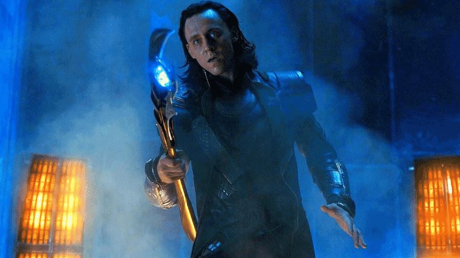 Loki (Tom Hiddleston) em cena de The Avengers: Os Vingadores (2012) - Reprodução