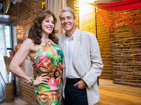 Alexandre Borges Celebra 7º Par Romantico Com Claudia Raia Louca