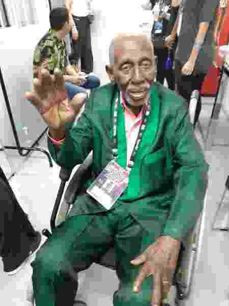 Nelson Sargento nos bastidores do Rock in Rio - Leonardo Rodrigues/UOL - Leonardo Rodrigues/UOL
