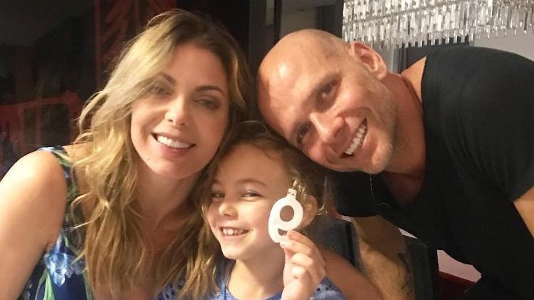 Sheila Mello, Fernando Scherer e a filha Brenda - Reprodução/Instagram
