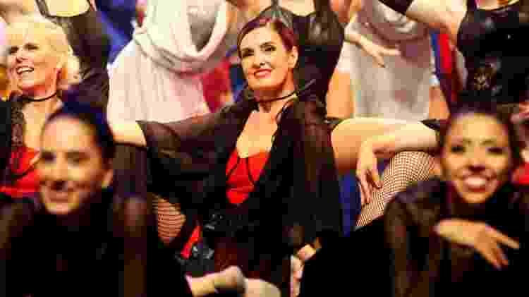 Fátima Bernardes dança no palco de evento de jazz - Webert Belicio/AgNews