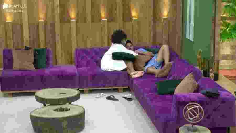 Sabrina revela desejo de dormir no mesmo quarto de hotel que Rodrigo - Reprodução/PlayPlus