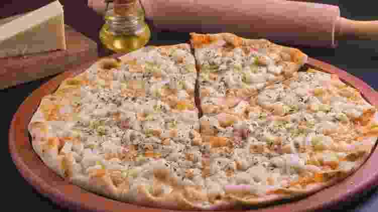 Pizza de frango - iStock - iStock