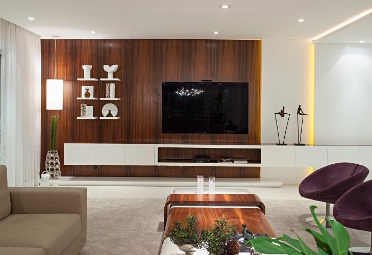 Quarto Vira Sala De Tv ~ TV vira item decorativo quando o projeto é bom; inspirese nessas 19