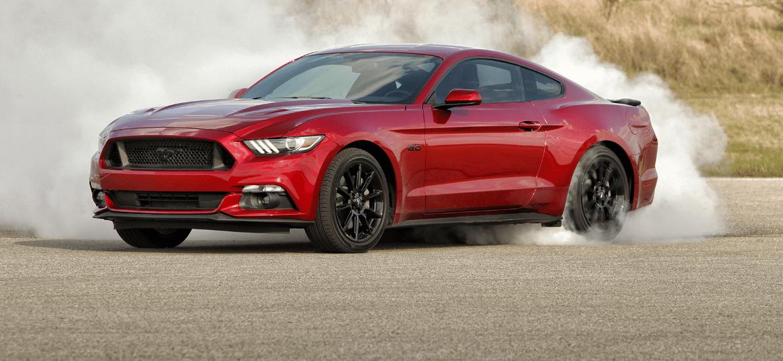 """Ford Mustang estava """"nos planos"""" desde 2014; primeiro visual desta geração, no entanto, não chegou ao país - Divulgação"""