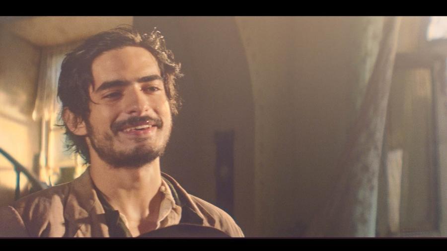 """Bruno Anacleto interpreta o jovem mascate Halim em """"Dois Irmãos"""" - Divulgação/TVGlobo"""