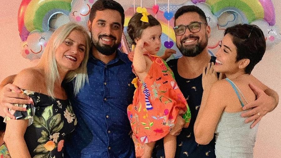 Letícia Almeida comemora o aniversário da filha, Maria Madalena, ao lado da família - Reprodução/Instagram