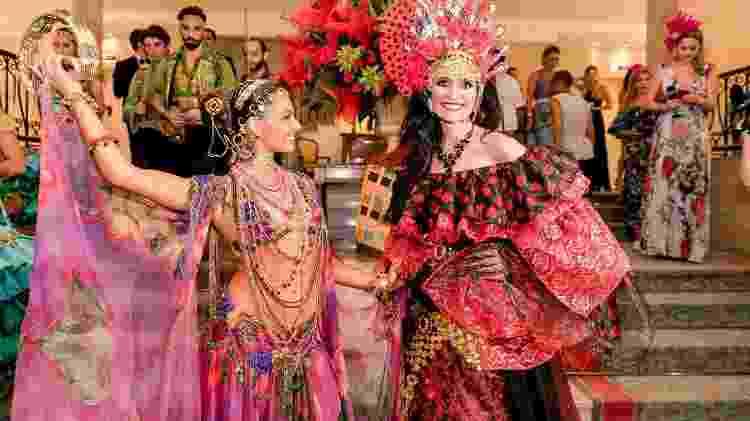 Isis Valverde e Andrea Natal no Baile do Copa - Divulgação