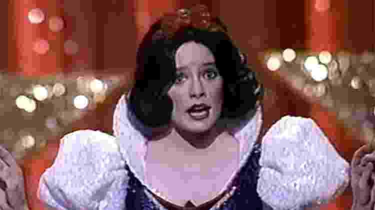A atriz Eileen Bowman como Branca de Neve na abertura do Oscar de 1989 - Reprodução - Reprodução