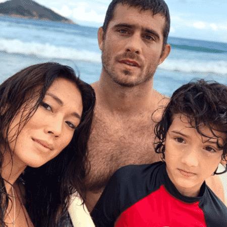 Danni Suzuki e o ex, Fabio Novaes, com o filho, Kauai - Reprodução/Instagram