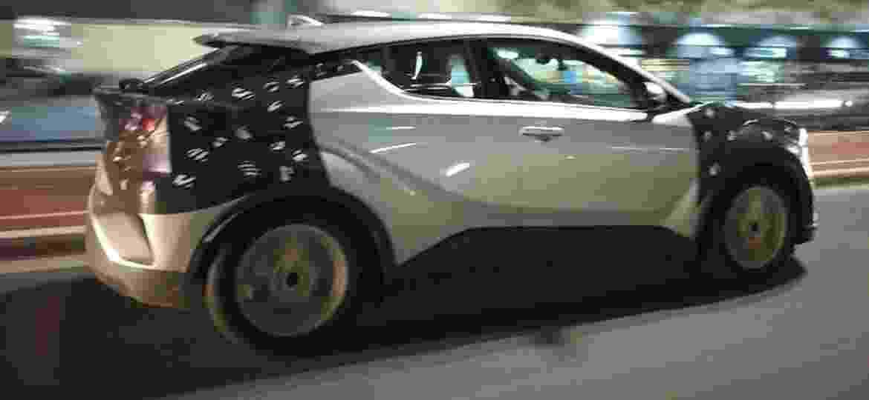"""C-HR estava quase certo para cá, mas ele acabou virando """"mula"""" do novo Corolla - Vitor Marini/UOL"""