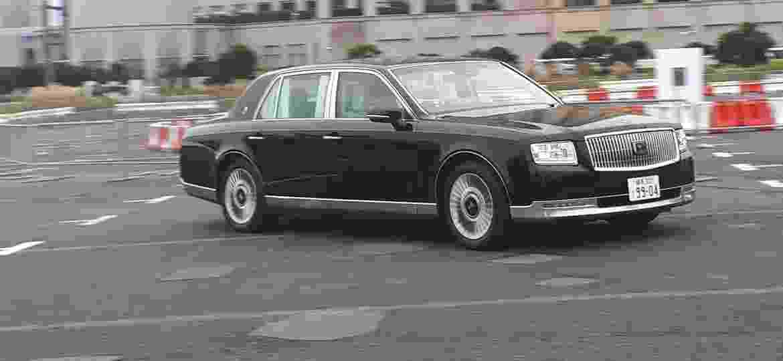 Century: carro da família imperial custa mais de R$ 720 mil e só vende no Japão - Vitor Matsubara/UOL