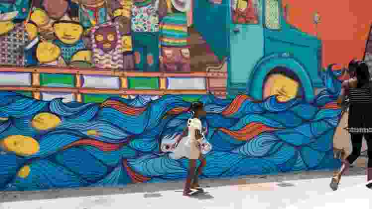 Mural dos grafiteiros Os Gêmeos, localizadas no bairro Wynwood, em Miami - iStock - iStock
