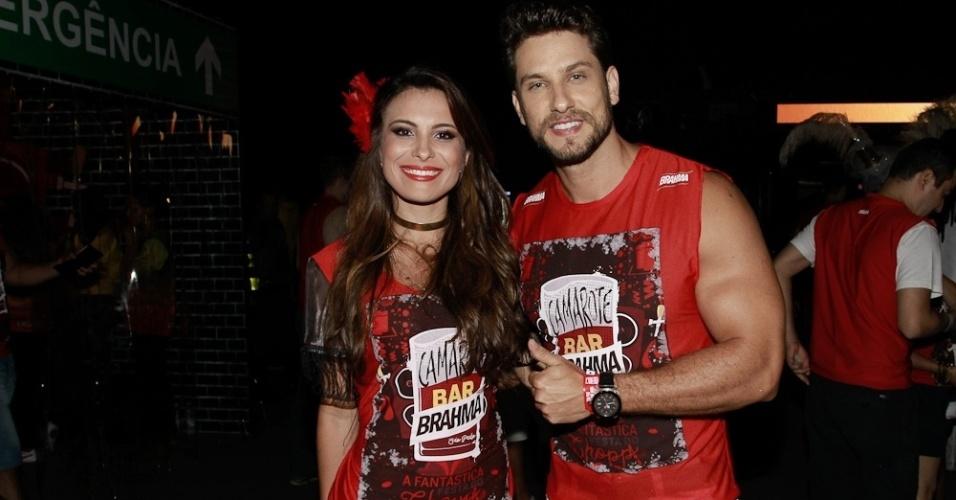 5.fev.2015 - Os ex-BBB Kamilla salgado e Elieser no Camarote Bar Brahma no Sambódromo do Anhembi, no primeiro dia do Carnaval de São Paulo