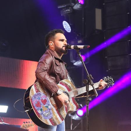 """Luciano Camargo participa da segunda temporada de """"TOC""""s de Dalila"""", do canal pago Multishow - AgNews"""