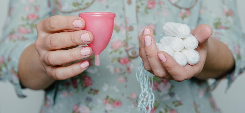 Coletor menstrual ou absorvente interno: qual é melhor para o seu bolso? - iStock