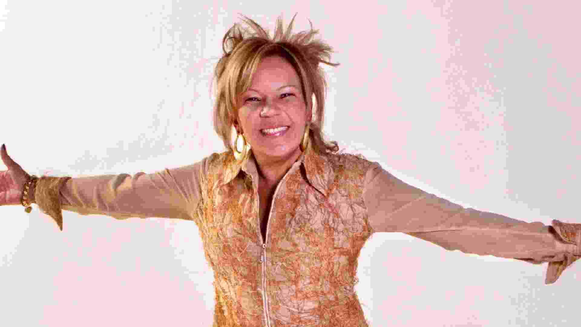 A cantora Loalwa Braz, do grupo de lambada Kaoma - Divulgação