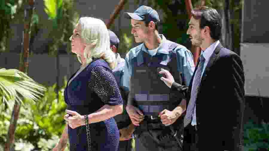 """Mag (Vera Holtz) é expulsa da mansão dos Leitão em """"A Lei do Amor"""" - Raquel Cunha/TV Globo"""