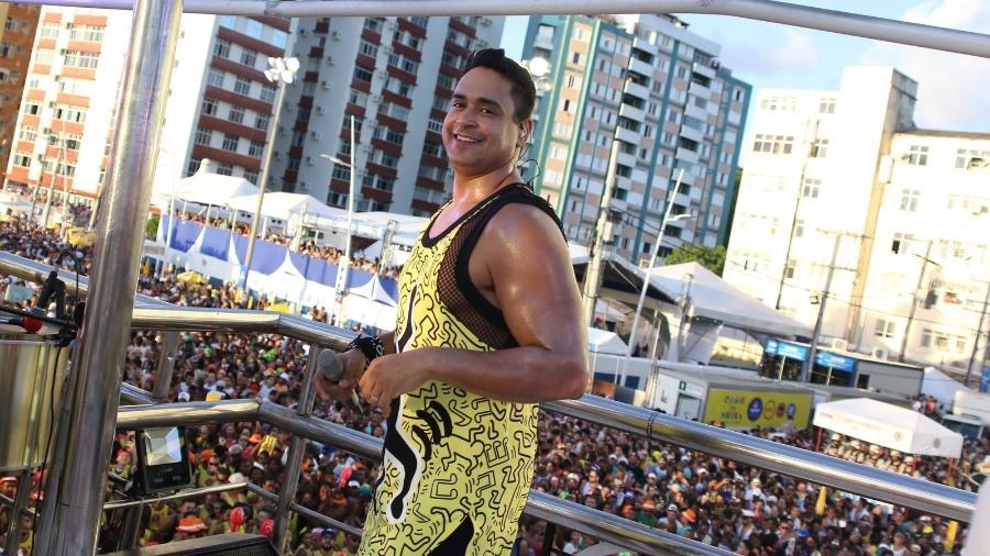 Xanddy do Harmonia se apresenta em cima do trio elétrico no Carnaval de Salvador - Thiago Duran e Eduardo Martins/AgNews