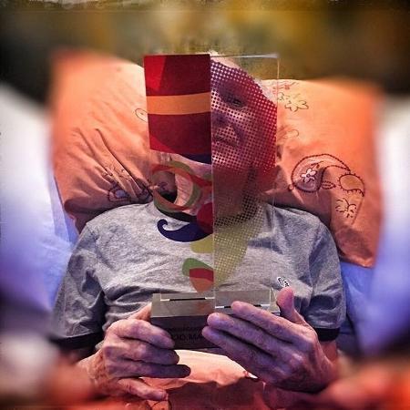 O humorista Lúcio Mauro recebe homenagem pelos seus 90 anos - Reprodução/Instagram/luciomaurofilhooficial