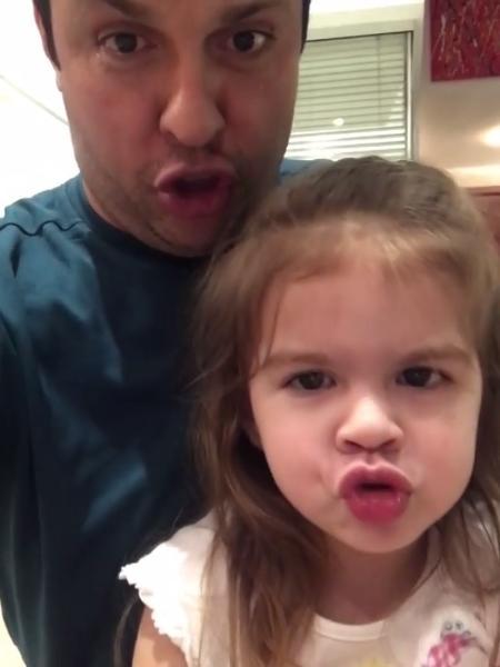 Valentina imita o pai, Ceará - Reprodução/Instagram/oceara
