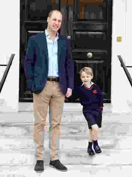 O look com que o príncipe George vai à escolinha já é um sucesso no Reino Unido - Reprodução/Instagram