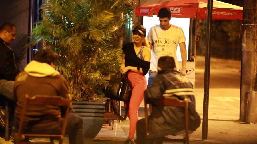 Joelma, ex-Calypso, é vista com Alessandro Cavalcante após confirmar término - AgNews