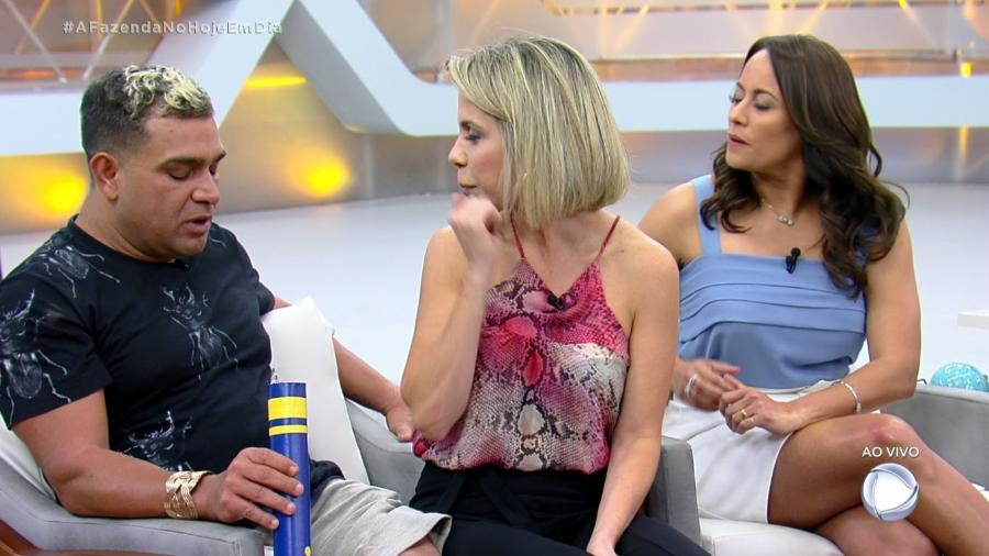 """Evandro Santo no programa """"Hoje em Dia"""" - Reprodução/RecordTV"""