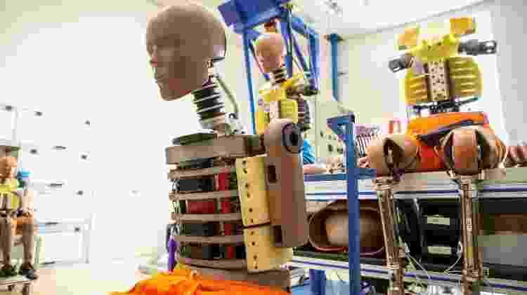 Dummies têm sensores que reproduzem efeitos da colisão no corpo humano - Divulgação