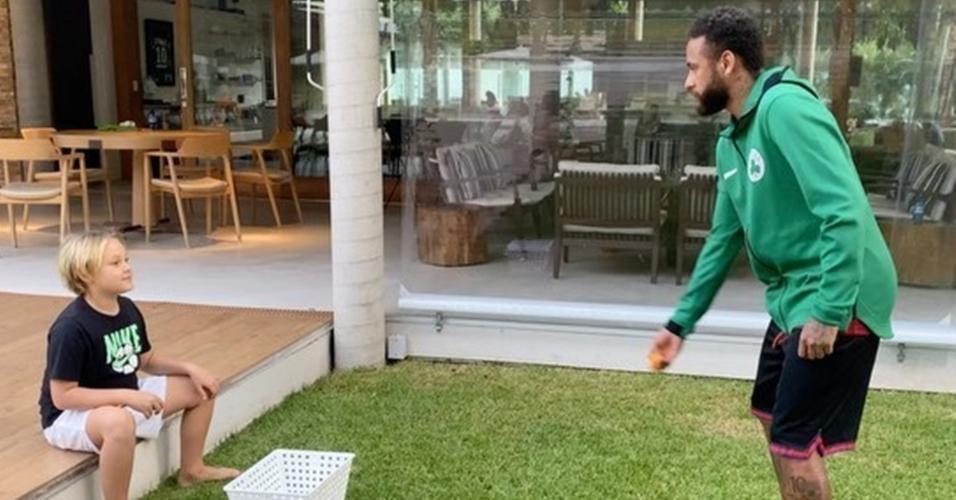 Neymar e seu filho Davi Lucca