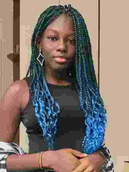A adolescente Fatou Ndiaye usou a fama após caso de racismo para disseminar conhecimento e história da África para jovens nas redes sociais - Arquivo pessoal