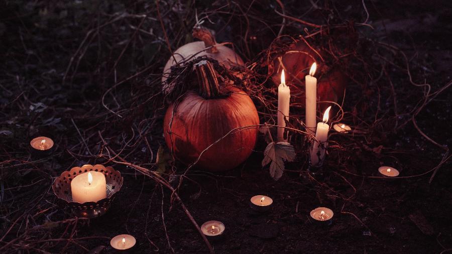 Conheça Samhain, o Ano Novo das Bruxas  - Freestocks