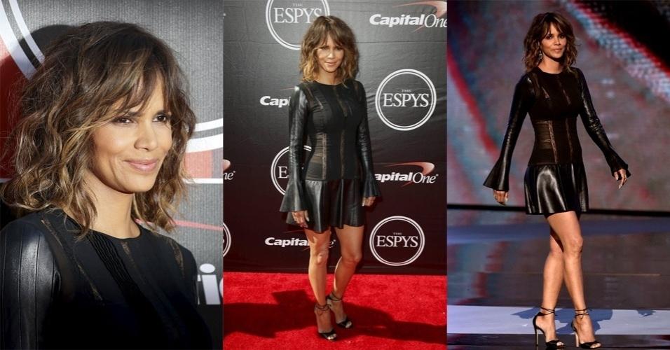 15.jul.2015 - Halle Berry marca presença no tapete vermelho do ESPY Awards 2015, na noite desta quarta-feira, em Los Angeles, nos Estados Unidos. A atriz apresentou uma das categorias que premiam atletas americanos
