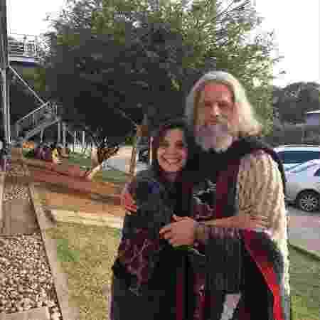 """Vivian de Oliveira, na foto com Guilherme Winter, o Moisés de """"Os Dez Mandamentos"""" - Reprodução/Instagram/viviandeoliveira14"""