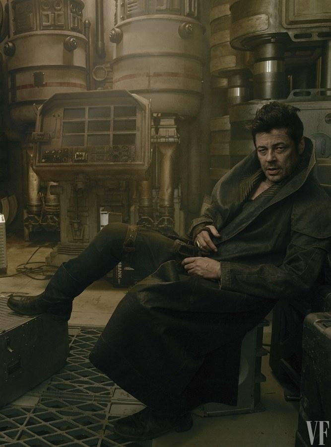 "Benicio Del Toro como DJ, novo personagem de Star Wars, para a lente de  Annie Leibovitz para a revista ""Vanity Fair"""