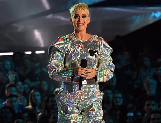 Katy Perry se apresenta no palco do VMA 2017