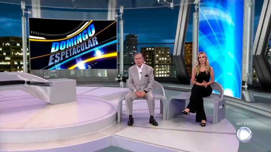 Paulo Henrique Amorim e Thalita Oliveira apareceram neste domingo (3) juntos e em paz, após briga nos bastidores - Reprodução/TV Record