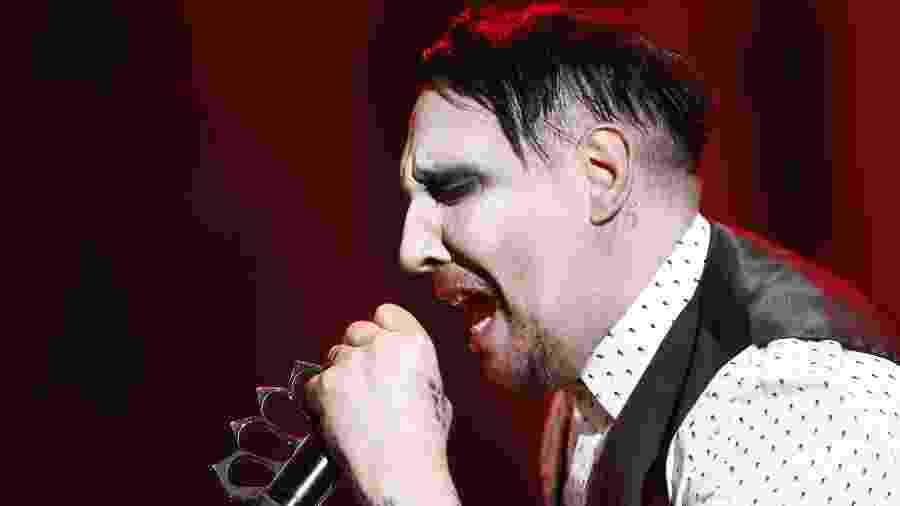 O cantor Marilyn Manson em show em São Paulo em 2017 - Fabio Braga/Folhapress