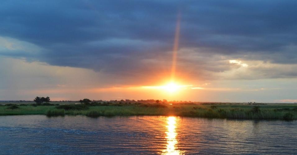 O Parque Nacional Chobe tem diversas paisagens, como florestas, pântanos e áreas de inundação. Nele, é possível avistar manadas de búfalos e elefantes.