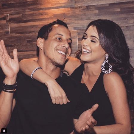 Rodriguinho, jogador do Corinthians, e Fernanda Batista, bailarina do Faustão - Reprodução/Instagram