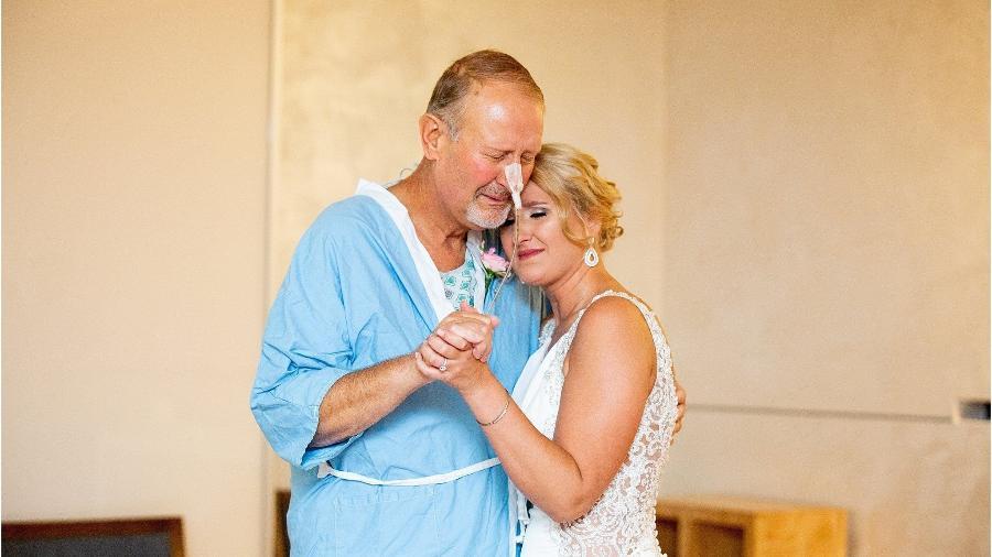 Janae Huager com seu pai, Steve Price - Facebook/Reprodução/Katie Lee Photography